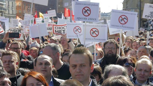 Rusiya: Müxalifət lideri Navalnı insanları korrupsiyaya qarşı etiraza çağırıb
