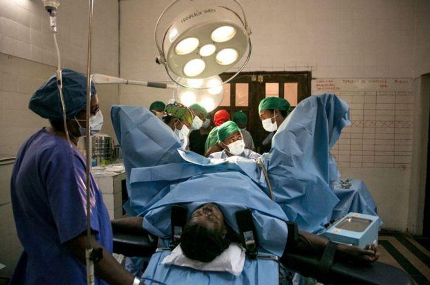 paciente en quirófano.