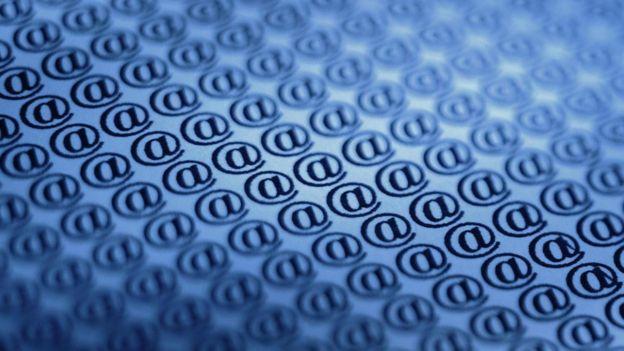 No se trata tanto de lo que ganas cobrando por recibir por los correos sino de los emails no deseados que dejas de recibir.