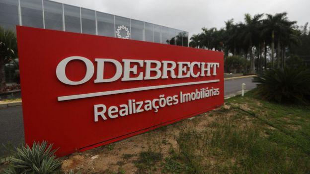 El escándalo de Odebrecht ha arrojado sombras sobre políticos de 7 países de América del Sur.