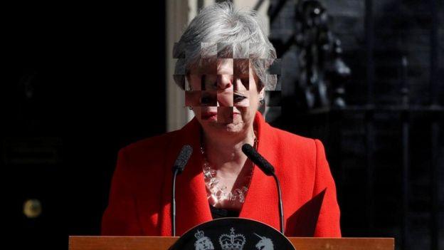 في الوقت الذي أثارت فيه دموع تيريزا ماي تعاطف البعض، فقد كانت مثار سخرية آخرين