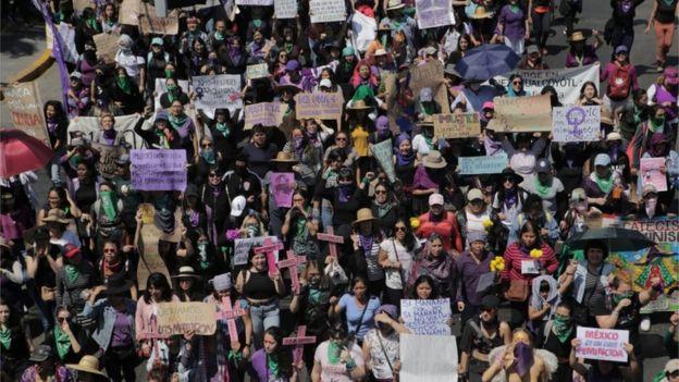 Marcha de mujeres en México.