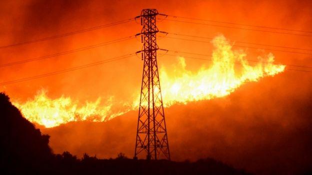 Saddleridge fire burning through hillside