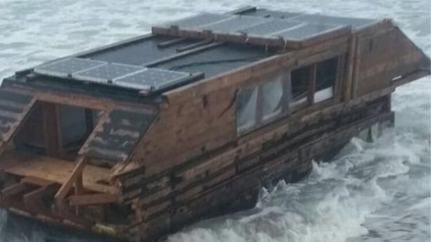 Amazing Mystery As Canadian Houseboat Washes Up On Irish Beach Bbc Download Free Architecture Designs Scobabritishbridgeorg