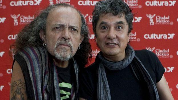 Francisko Barrios y Armando Vega Gil, Botellita de Jerez