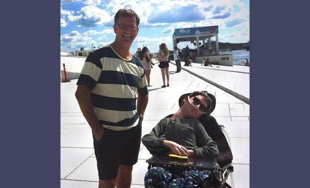 Padre e hijo - Robert y Mats en Oslo en julio de 2012.