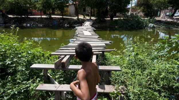 Criança em Caucaia, na Grande Fortaleza