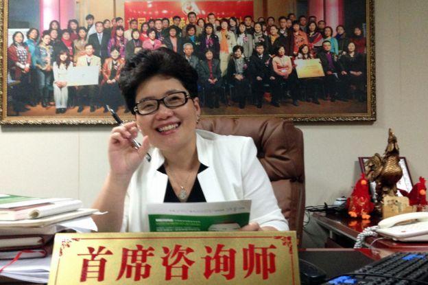 """Ming Li tư vấn cho những người phụ nữ về các cách ngăn chặn chồng trước ý định """"thử của lạ"""""""
