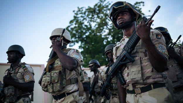Kamerun'da çatışmalar devam ediyor