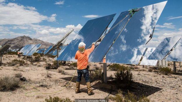 Instalação de painéis de energia solar