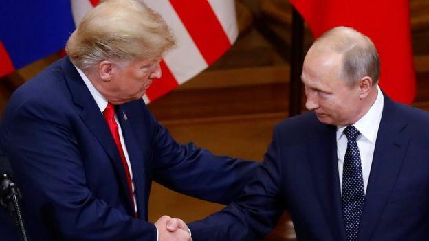 Дональд Трамп и Владимир Путин в Хельсинки 17 июля 2018 года