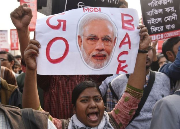 এনআরসির বিরুদ্ধে তীব্র বিক্ষোভ চলছে কলকাতায়