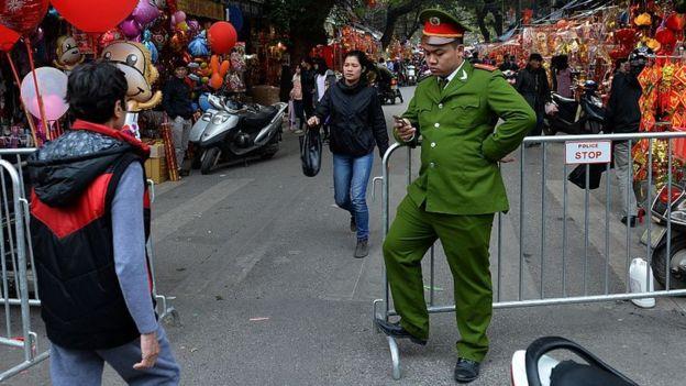 Lực lượng Công an tại Việt Nam được coi là 'thanh bảo kiểm của Đảng'
