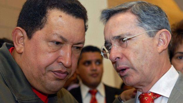 Hugo Chávez y Alvaro Uribe