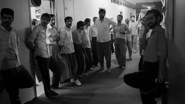 زندانیان سیاسی زندان اوین در زمستان ۱۳۶۴