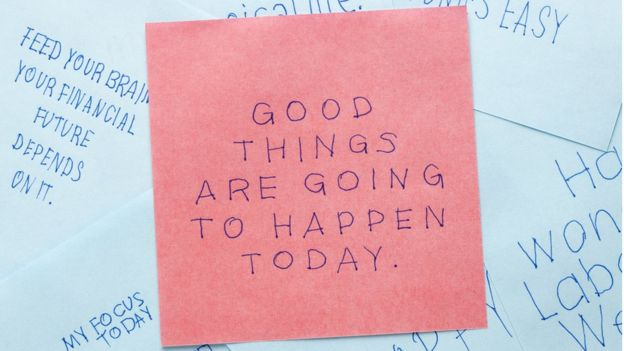 post it note reads: Good things are going to happen today