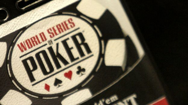 Detalle de carnet del mundial de póker 2005