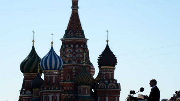 普京2014年5月9日在莫斯科紅場紀念二戰勝利69週年閲兵式上講話。