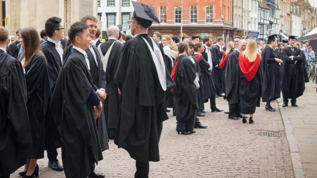 Pocos individuos de entornos menos favoridos son admitidos en universidades como Oxbridge. (Foto: Michael Brooks / Alamy Stock Photo)