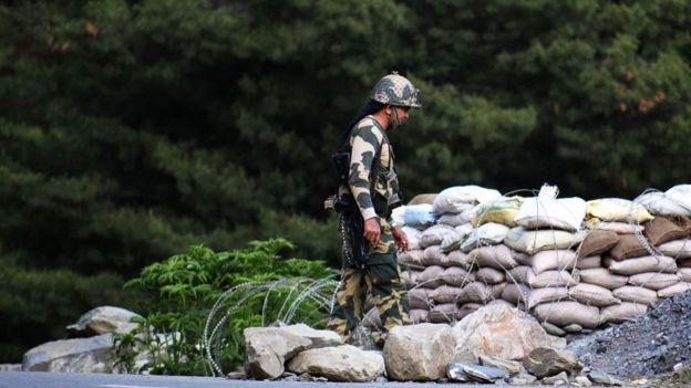 Soldado indio en la zona fronteriza en junio de 2020.