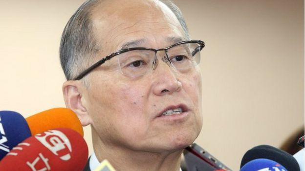 台灣外交部長李大維說,由於特朗普將訪問中國,所以蔡英文過境美國事宜