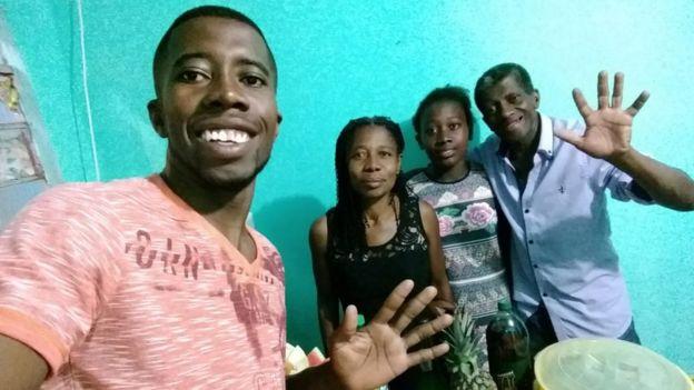 O filho mais velho, Michael de Oliveira Rosa, Maria das Graças, Eloá e o pai da jovem, Gessy