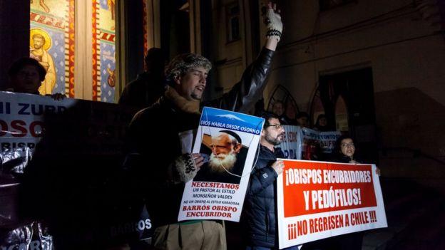Protestas contra la Iglesia