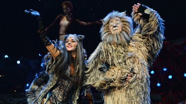 Nicole Scherzinger and Nicholas Pound in a West End production of Cats