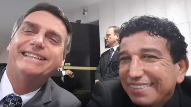 Bolsonaro e Magno Malta em vídeo do Youtube no canal do deputado