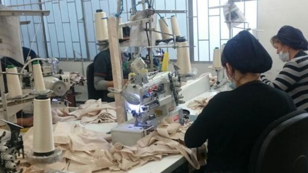 Trabajadoras en la fábrica de Forma Tu Cuerpo. (Foto: Forma Tu Cuerpo)
