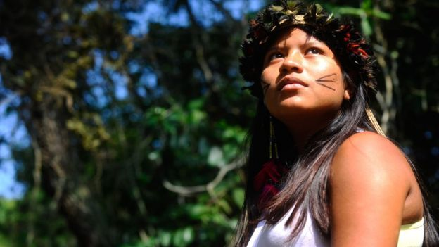 Jovem guarani mbyá da aldeia Mata Verde Bonita