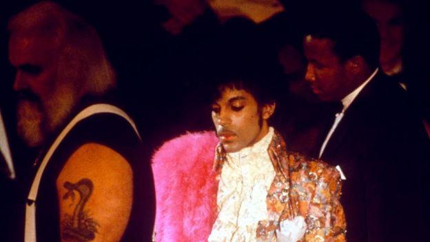 Prince en los premios BPI en 1985