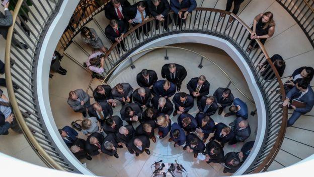 ورود اعتراضی نمایندگان جمهوریخواه به جلسه استماع مقام پنتاگون روز چهارشنبه بازتاب خبری وسیعی پیدا کرد