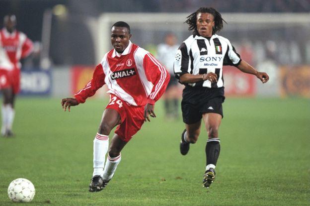 Victor Ikpeba y Edgar Davis