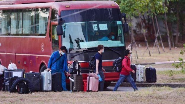Pendatang dibawa ke karantina