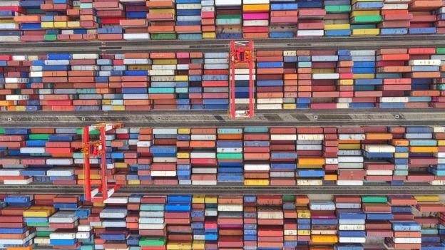 上海货柜码头的航拍