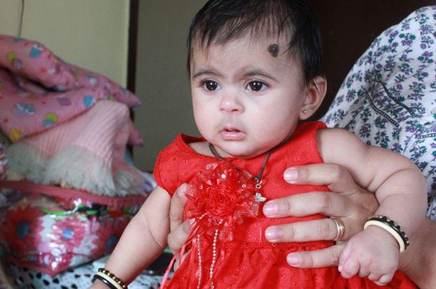 How India makes Parsi babies - BBC News