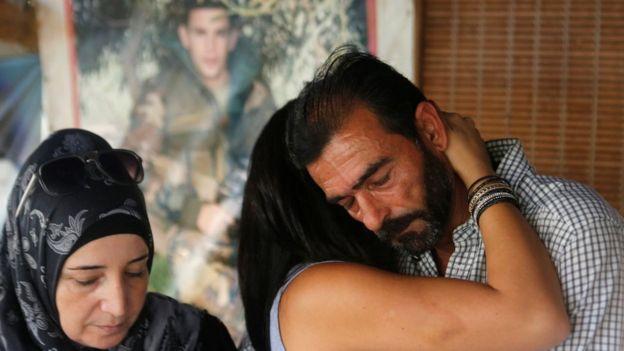 والد أحد العسكريين المخطوفين لدى تنظيم الدولة