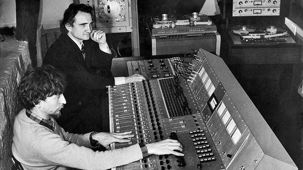 Michel Magne and a recording engineer