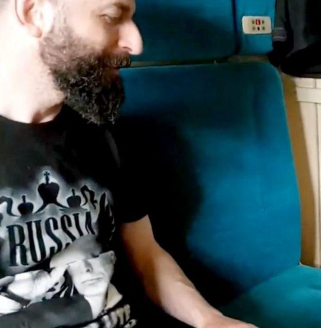 Nazzaro con camiseta de Putin