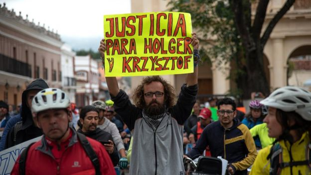 Friends of killed European cyclists Holger Hagenbusch and Krzysztof Chmielewski protest in San Cristobal de las Casas, 6 May 2018