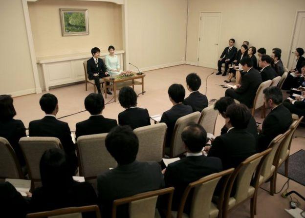 Cucu Kaisar Jepang Resmi Tunangan Dengan Orang Biasa