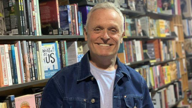 Les McDonald in The Bookshop