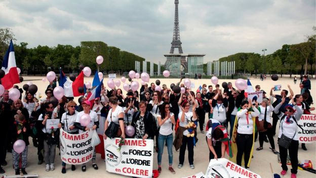 Protesters gather in Paris, 22 April