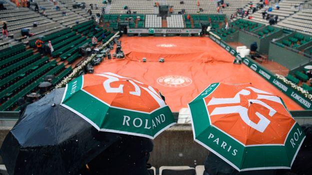 A pocos les gusta recordar que durante la Segunda Guerra Mundial Roland Garros fue usado como campo de concentración.