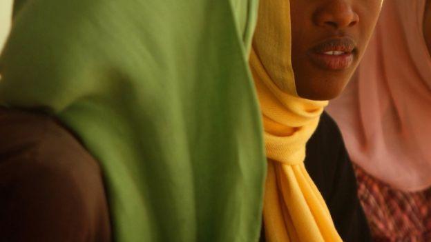 Mujer joven en Sudan.