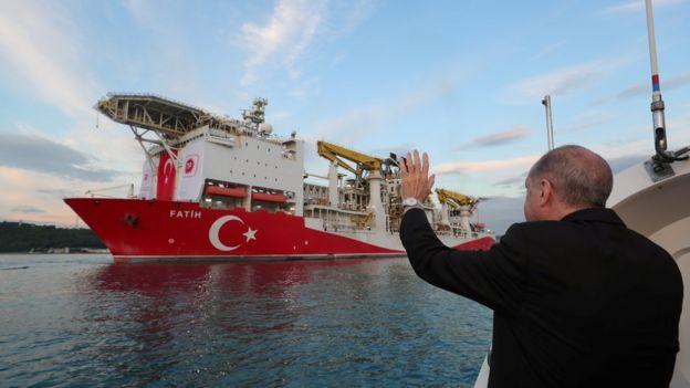"Эрдоган и буровое судно ""Фатих"""