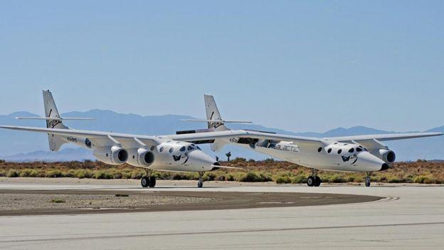 Aviones de Virgin Galactic.