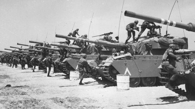 Tanques israelíes durante la Guerra de los Seis Días