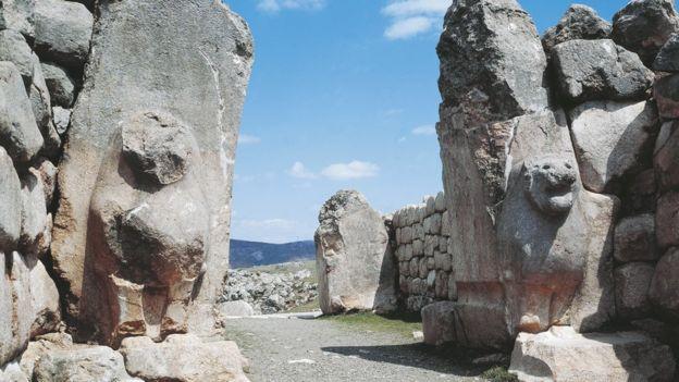 Entrada a la ciudadela hitita de Hattusha